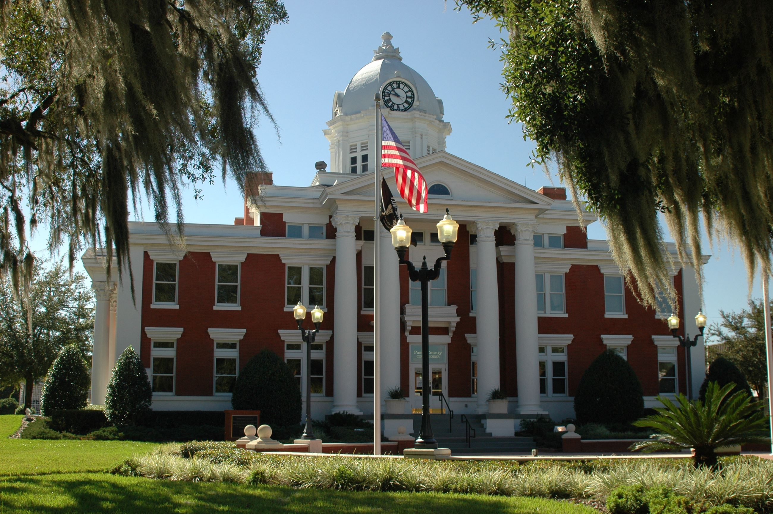 Picture of Pasco County Historic Courthouse
